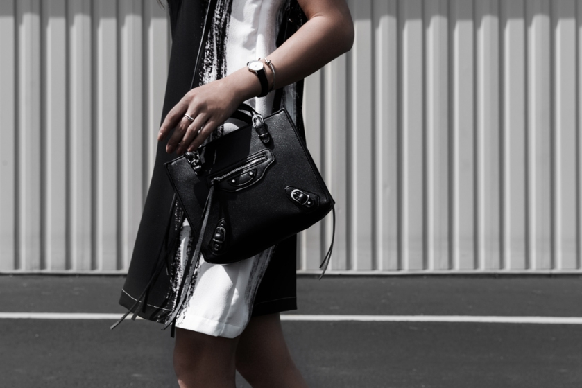 contrast fashion dress and leather bag
