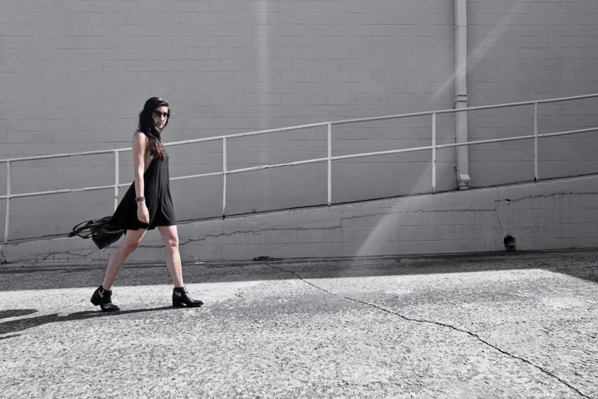 walking wanderlust style