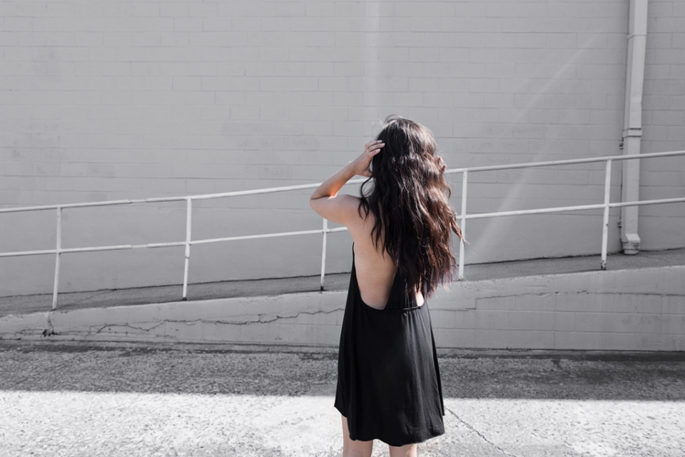 backless wanderlust style and hair