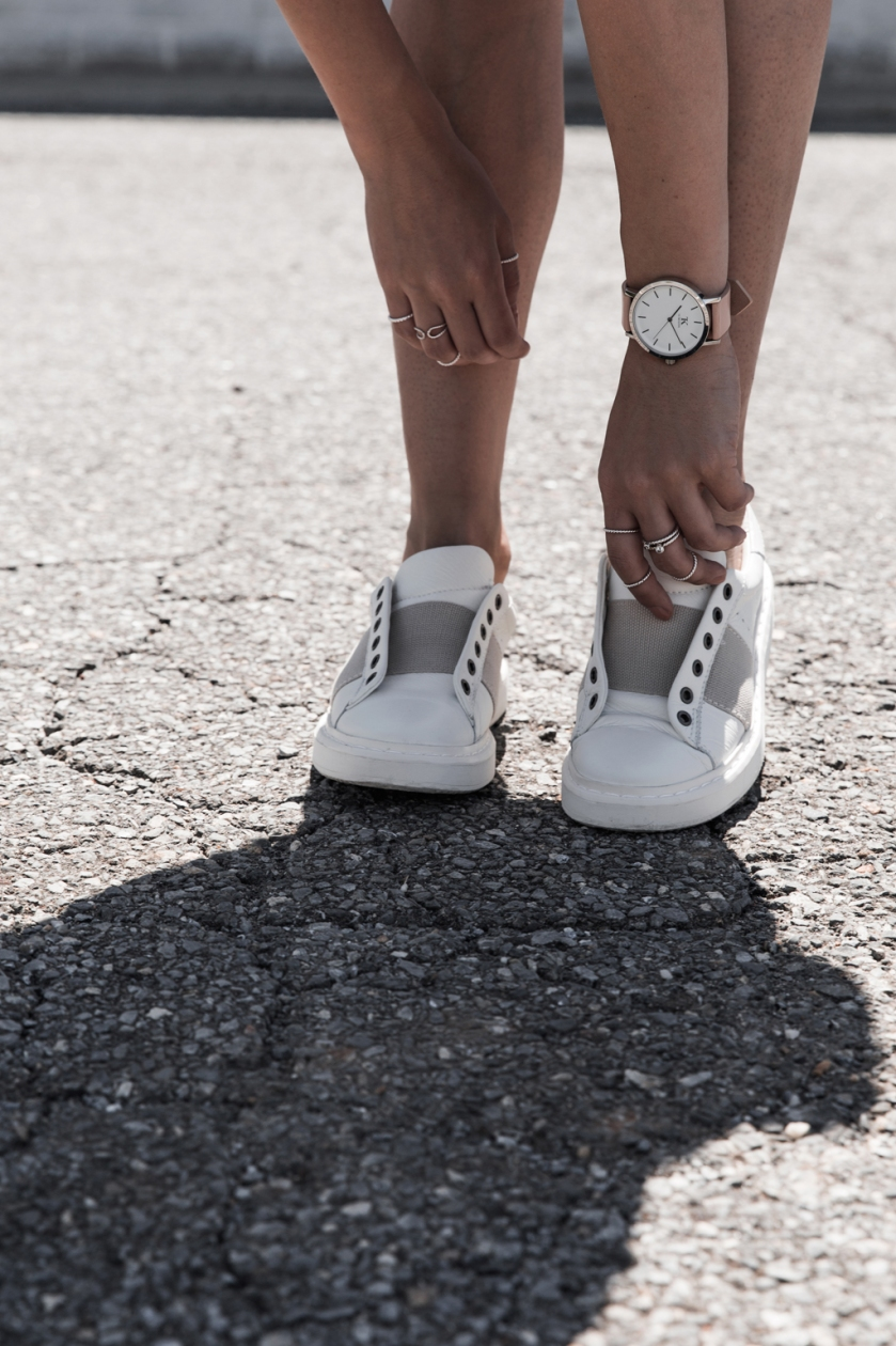 all white normcore otbt sporty sneakers