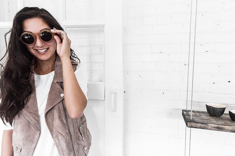 happy fashion blogger relationship