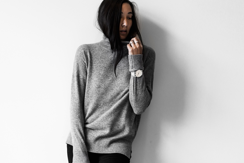 minimalist cashmere turtleneck