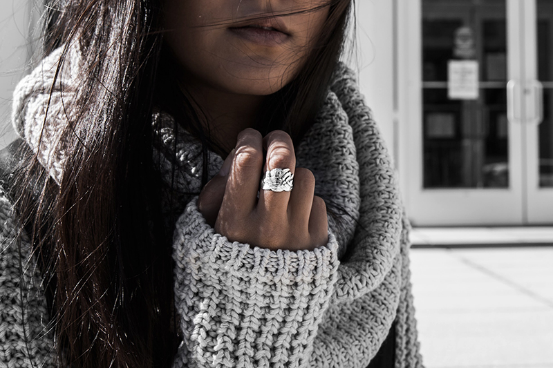 fashion blogger with sterling sliver
