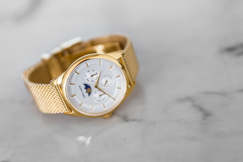 filippo loreti watch review with gold band and moon face