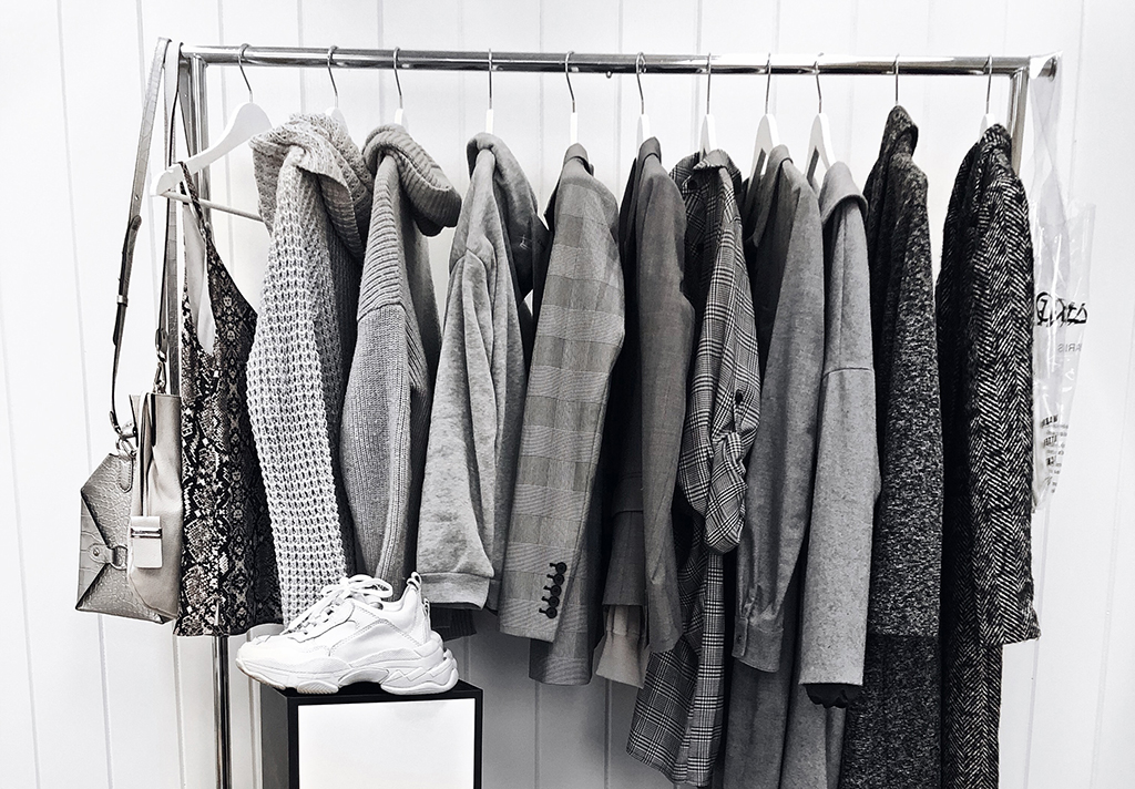 luxury fashion capsule wardrobe tips