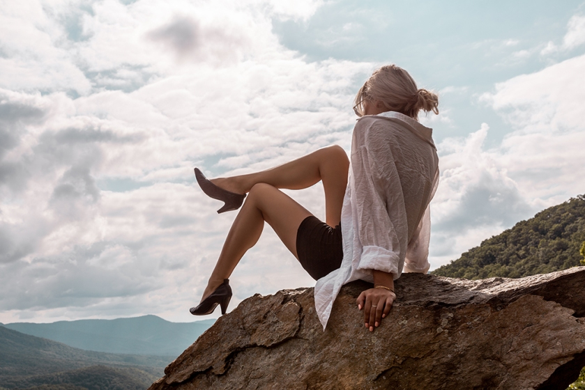 luxury fashion blog and the importance of minimalism