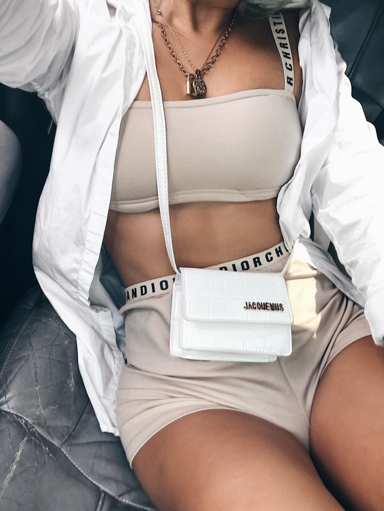 day in my dreams luxury fashion blogger wears jaquemus mini bag trend
