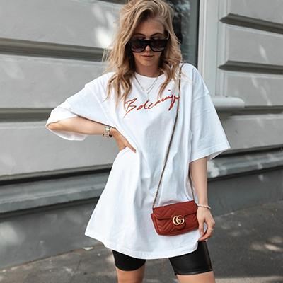sunnyinga wears a red gucci luxury mini bag