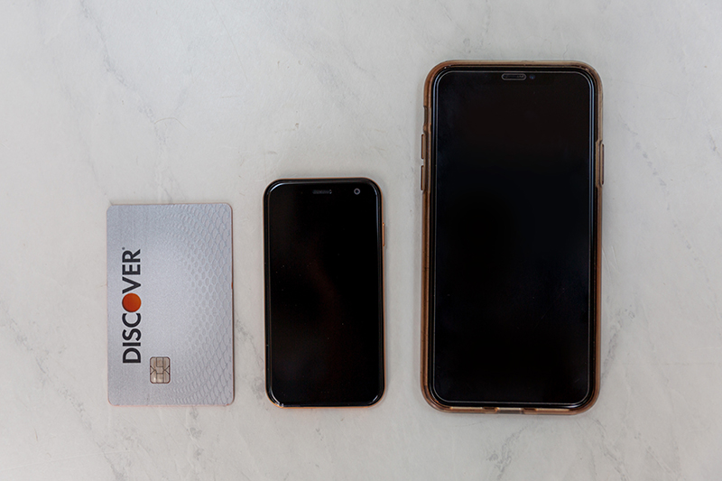 palm smartphone review is the size of a credit card