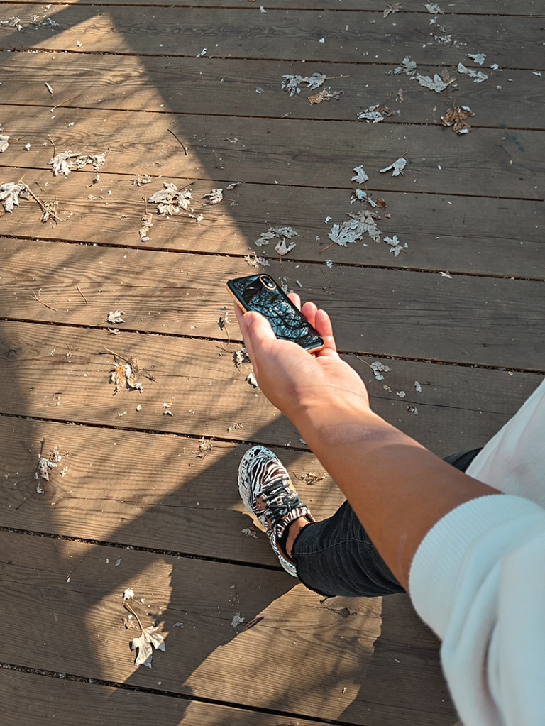 walking with a palm smartphone