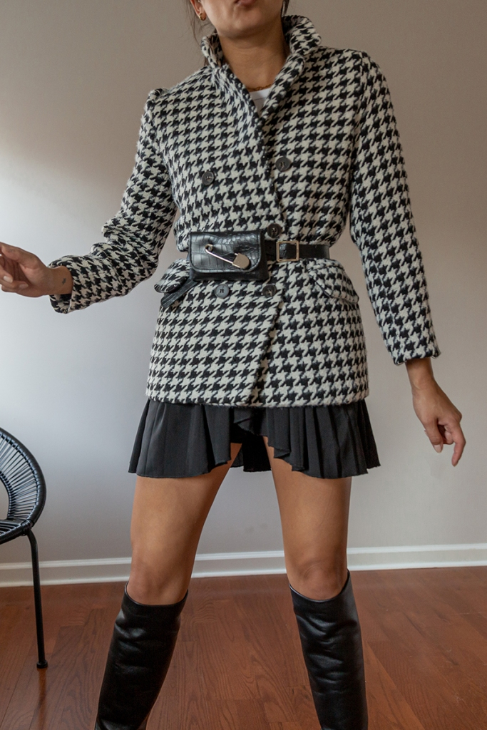 nike pleated skirt with checkered blazer preppy outfit ideas 2021